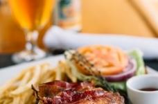 Bar Room Burger 02 sm