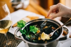 Steamed Mussels 05 sm